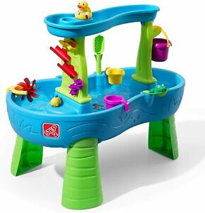 Step 2 Rain Showers Splash Pond Water Table Kids Water Play Table with 13 Pieces