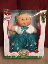 Exclusive 2016 Cabbage Patch HOLIDAY DOLL Blond Hair/Blue Eyes Blue Dress