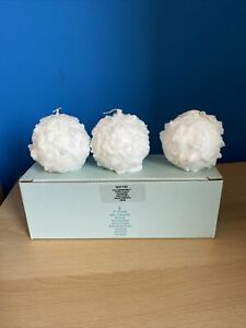 New in Box Partylite Iced Snowberries Snowball Shaped candles | box of 3 | chris