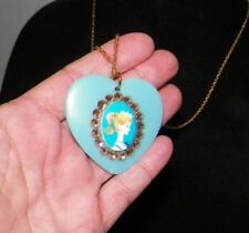 TARINA TARANTINO BARBIE TURQUOISE HEART CRYSTALS GOLD CHAIN NECKLACE NEVER USED