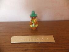 Kinder  surprise  Mexicain  C128    chapeau  vert