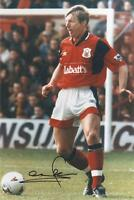 Stuart Pearce Signed Nottingham Forest Photo 12x8