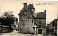 CPA  St-Pol-de-Léon (Finistére) - Vieille Maison Prébendale ,Place du.. (206392)