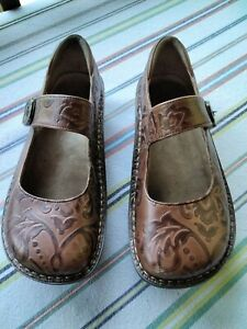 Womens Alegria 39 Brown Leather Floral Clogs Mules Work Shoes 9 9.5 US