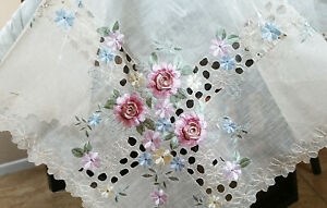 """Beige 70"""" Round Organza Polyester Embroidery Tablecloth Handmade Daisy Floral"""