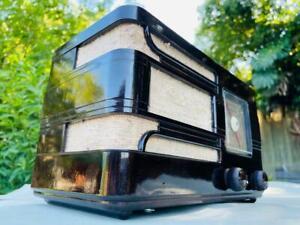 "*CUTE* 1945 AIRZONE ""cub"" Art Deco vintage bakelite valve radio"