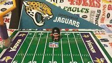 NFL Teenymates Jacksonville Jaguars Quarterback (QB/new helmet logo) Figure