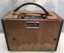ANTIQUE LEAR LEARAVIAN RM 402 C BEACON BROADCAST & AIRLINE RECEIVER PILOT RADIO