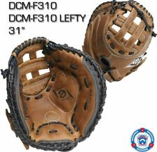 DIAMOND DCMF310 FASTPITCH CATCHERS MITT LH PLAYER(GOES ON RIGHT HAND)