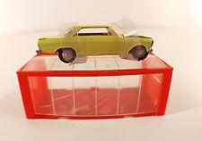 Mini Dinky Toys Hong Kong n° 14 Chevrolet Chevy 2 en boite rare