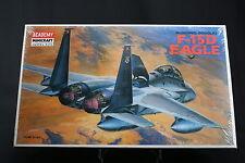 XJ013 ACADEMY 1/72 maquette avion 2109 McDonnell Douglas F-15D Eagle