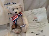 """Steiff 13"""" #661082 Holland MAATJES White Mohair Bear Limited 2003.MIBag. CERT"""