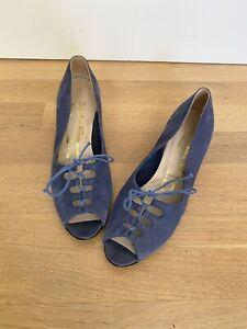 Vintage Peep Toe Lace Up Wedges Salvatore Ferragamo Blue Suede Size 6