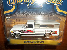 GREENLIGHT 1/64 COUNTRY ROADS SERIES 13 1972 CHEVROLET C10 PICKUP TRUCK