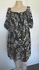 LOVELY Black Smocking Bodice Dress .. CITY CHIC .. SIZE: M/18  #N1120