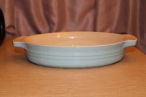 LE CREUSET Sky Blue Oval Casserole Dish Stoneware 06.31