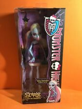 MONSTER HIGH DOLL ABBEY BOMINABLE SCARIS CITY OF FRIGHTS IN BOX  !