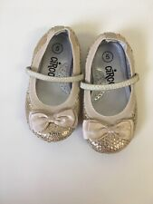Circo Gold Sparkle Shoes Children's Girl Size 5