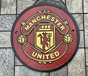 Round Manchester United (Man U) Cast Iron Wall Plaque / Sign Hand Painted Retro