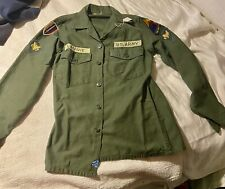 US ARMY VIETNAM ERA COTTON SHIRT WITH PATCHES ARMOR SCHOOL SIZE 141/2 X 33