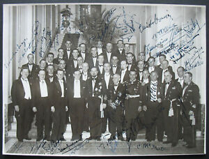 s2102) Italy Int.Congress of Trans-Oceanic Flyers 1932 Photo with 38 Autographs