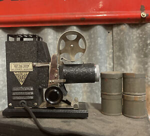 PICTUROL PROJECTOR SVE Made in USA Chicago Working w/Case 35mm? Roll Film?