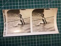 QQ028 Photo stéréoscopique les jolies baigneuses Circa 1930 femmes maillot bain