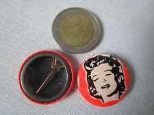 MARILYN MONROE (B) - SPILLA / BROOCH  IN METALLO - Diametro 25mm. -vintage