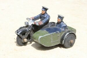 DINKY 42b POLICE MOTOR CYCLE PATROL good condition 1940s