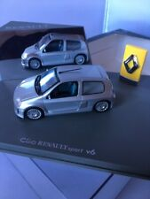 CLIO RENAULT SPORT V6 GRISE UNIVERSAL HOBBIES 1/43