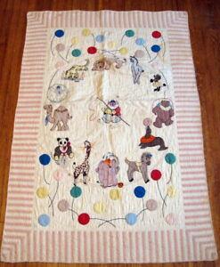 Gorgeous!  Vintage 40s Applique Circus Animals Baby Crib QUILT Such Detail!