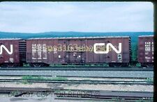 ORIGINAL SLIDE CANADIAN NATIONAL RAILWAY PLUG DOOR BOXCAR 413064 HINTON AB 1980