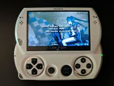 Sony PSP go 16GB Pearl White Handheld System