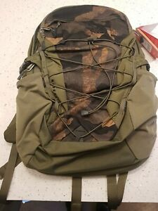 NORTH FACE BOREALIS 28 LITRE RUCKSACK CAMO BACKPACK WITH LAPTOP POCKET BNWT