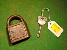 VINTAGE YALE 'TITAN' PADLOCK WITH KEY- NICE CONDITION (5105-19)