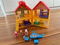 Peppa Pig Peppa's Deluxe House Play Set for kids