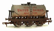 Dapol 4F-031-020 Tankwagen 6-wheel Milk tank United Diaries gealtert Spur 00