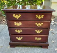 Local Pickup - Chippendale Bachelors Chest of Drawers End Table Nightstand