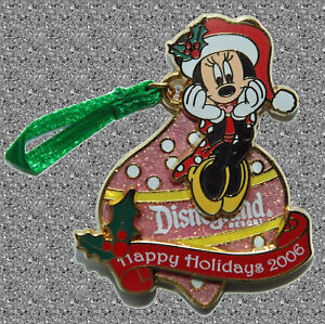 Minnie Mouse Holiday Ornament Pin -  DISNEY LE 1000 - Disneyland