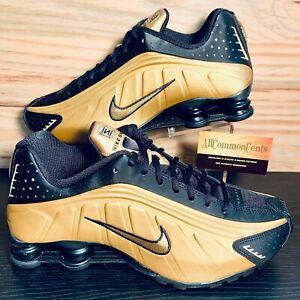 Nike Shox R4 Men's Running Shoes Size 10.5 Metallic Gold Black NEW 104265-702