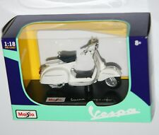 Maisto - VESPA 125 GT (1966) White - Model Scale 1:18