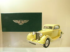 LANSDOWNE MODELS LDM93 BENTLEY 4¼LTR FIXED HEAD COUPE 1936 BARKER YELLOW 1:43