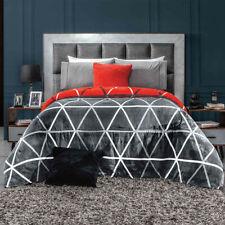Gray and red diamonds Comforter Luxury Bedding Blanket Reversible King/Queen