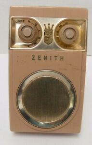 "Vintage Zenith Royal ""500"" Tubeless 7 Transistors Radio"