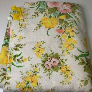vintage acrylic thermal blanket pink floral yellow nylon satin trim full 70x82