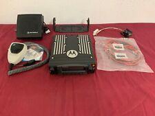 MOTOROLA XTL5000 VHF P25 DIGITAL TRUNKING MOBILE RADIO 50w - NEW MIC - COMPLETE