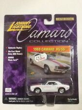 2000 Johnny Lightning Camaro Collection Die-Cast 69 Camaro RS/SS (White)