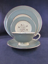 20pc SET - Lenox China KINGSLEY Service for Four