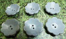 6 Vintage 2cm Grey Flower Buttons -How Scandinavian...