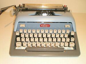 Vintage ROYAL Futura 800 Typewriter Blue Gray Mid Century W/ Hard Case.....Clean